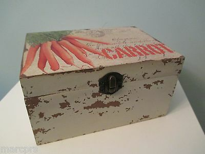 """CARROT"" CUBE BOX with HINGED LID - DISTRESSED WHITE BOX"