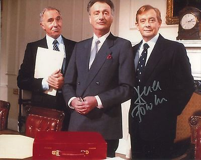Yes Minister TV comedy 8x10 photo signed by Derek Fowlds UACC DEALER