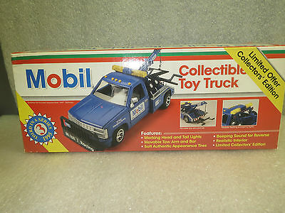 MOBILE 1995 TOW TRUCK-LTD EDITION-No.3 IN Series-MINT