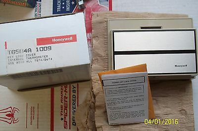 *NEW* TG504A 1009 HONEYWELL LOCKING THERMOSTAT COVER use with all T874 / Q674