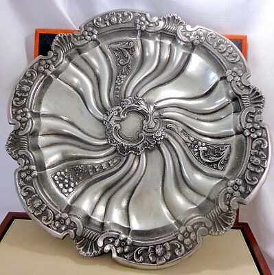 Large Metal Silver Pewter Color Charger Plaque Plate Centerpiece Antique Decor