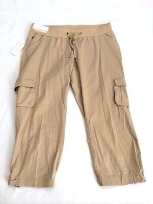 NWT Liz Lange Maternity M Medium Khaki Cargo Capri Crop Pants Elastic Band