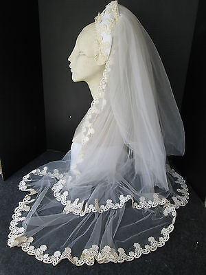 EXQUISITE 1940's VINTAGE  NET BRIDAL WEDDING VEIL WITH HEADPIECE