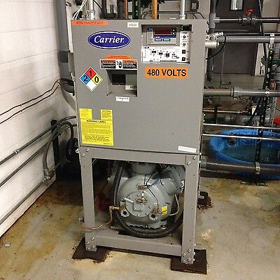 2009 Carrier Air Cooled 40 Ton Glycol Chiller with Roof Top Condenser Unit
