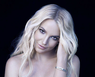 Britney Spears UNSIGNED photo - B340 - GORGEOUS!!!!!