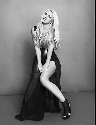 Britney Spears UNSIGNED photo - B346 - STUNNING!!!!!