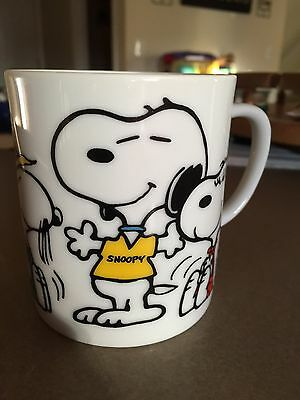 Peanuts Snoopy Beagles are my favorite people ceramic mug coffee cup