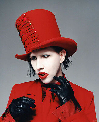 Marilyn Manson UNSIGNED photo - B701 - American musician, songwriter and actor