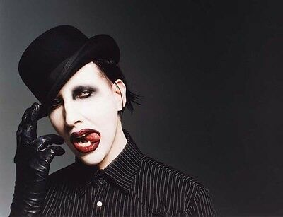 Marilyn Manson UNSIGNED photo - B710 - American musician, songwriter and actor