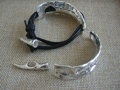 Antique Silver Hammered Cuff Bangle Findings For Multi strand Round Leather Cord