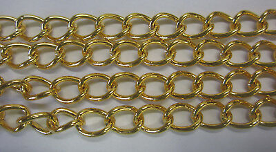 1 metre Oval Link Twisted Beading Chain in Bright Gold Tone Metal 8x10mm TAR282
