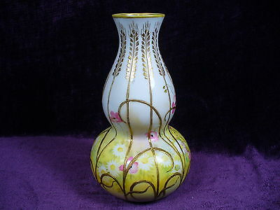 Antique Japanese export hand painted Nippon porcelain gourd vase