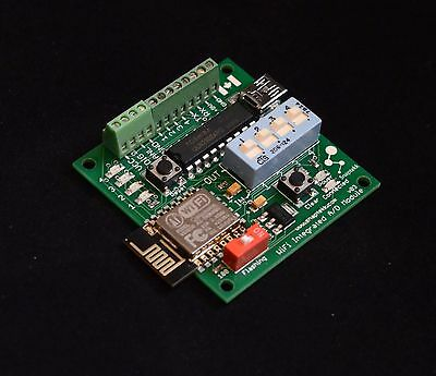 Analog-Digital 4-Input/4-Output WiFi Wireless module controls up to 4 relays