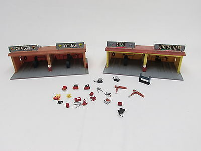 Aurora Model Motoring Pit Stop ~ Pair Of Customized Garages ~ Lots Of Extras!