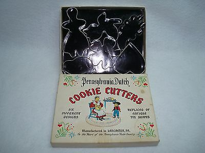 Vintage Box Pennsylvania Dutch Authentic Replicas of 6 Antique Cookie Cutters