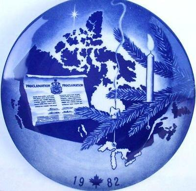 "Collector Plate ""A Christmas to Celebrate"" 1982"