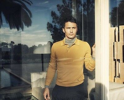 James Franco UNSIGNED photo - B1404 - HANDSOME!!!!!