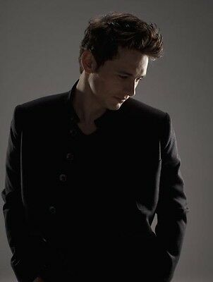 James Franco UNSIGNED photo - B1413 - GORGEOUS!!!!!