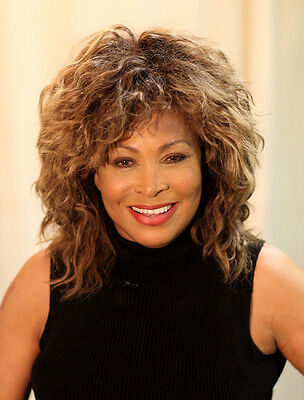 Tina Turner Unsigned Photo - 8130 - Beautiful!!!!!