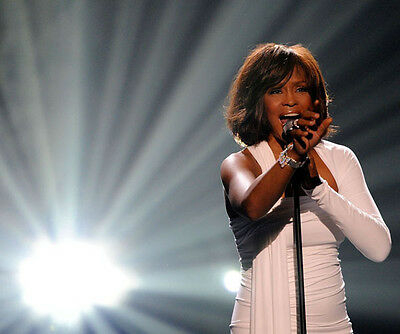 Whitney Houston Unsigned Photo - 9087 - I Will Always Love You & Run To You