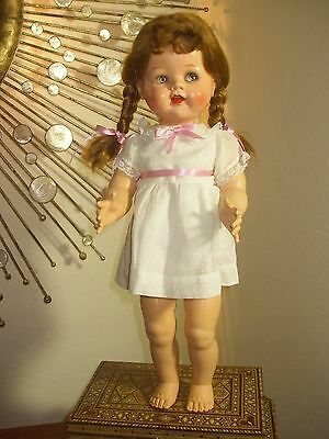 """IDEAL SAUCY WALKER 22"""" WITH FLIRTY EYES 1950s HARD PLASTIC BROWN/RED HAIR"""