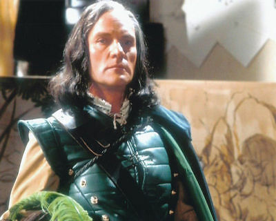 Julian Glover Unsigned Photo - 4650 - Doctor Who