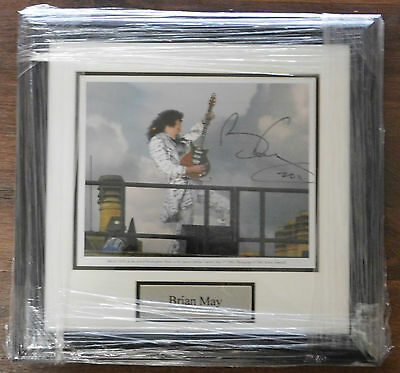 Superb Framed Brian May Hand Signed Photo 10x8 Queen Coa
