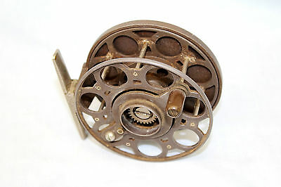 Rare wide drum MERCURY fishing reel in fine condition patent applied for