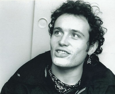 Adam Ant Unsigned Photo - 1019 - Singer/songwriter
