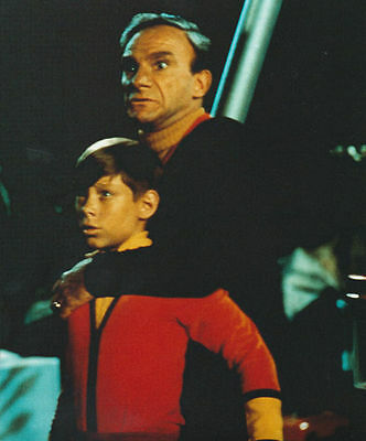 Bill Mumy & Jonathan Harris Unsigned Photo - 5948 - Lost In Space