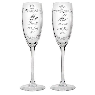 MR AND MRS Personalised Glass Champagne Flute Gift Set - Wedding Anniversary <3