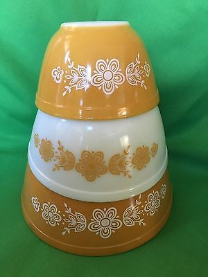 Vintage Pyrex Butterfly Gold Mixing / Nesting Bowl Set -- #401, #402, & #403