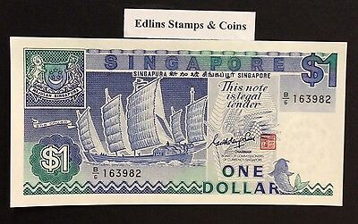 1987 $1 Singapore Banknote - Uncirculated - Pick 18A - B/6 163982