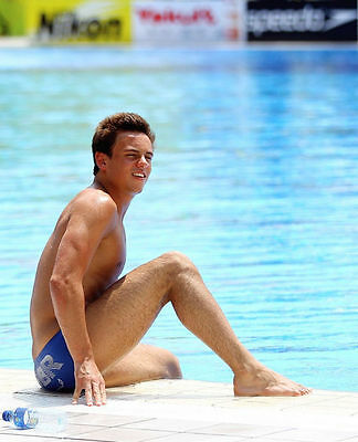 Tom Daley Unsigned Photo - 270 - Olympic Medallist Diver