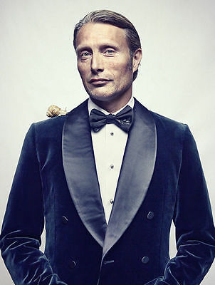 Mads Mikkelsen Unsigned Photo - 8380 - Hannibal, Casino Royale & The Hunt