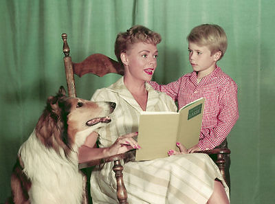 Jon Provost & June Lockhart Unsigned Photo - 5813 - Lassie