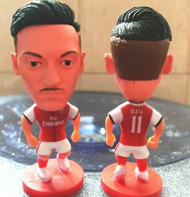 Statuina MESUT OZIL #11 ARSENAL FC football action figures  7 cm