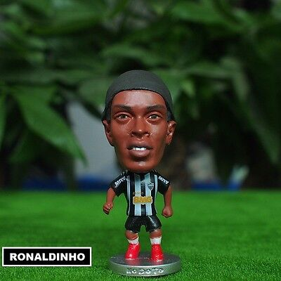 Statuina RONALDINHO #10 ATLETICO MINEIRO football action figure  7 cm