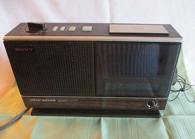 1979 Original SONY Dream Machine ICF-C21W FM-AM Digital Clock Radio