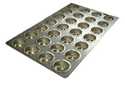 O28 Bakery Large Muffin Tray
