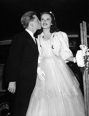 Judy Garland & Mickey Rooney Unsigned Photo - 584