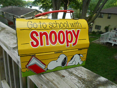Vintage 1968 Peanuts Have LUNCH with SNOOPY Domed BOX No THERMOS