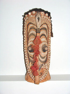 Papua New Guina Head Figure