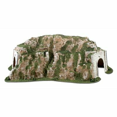 Woodland Scenics HO Scale Curved Tunnel, 15.5 in.w x 25.75 in. WOO-C1311