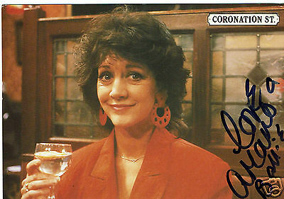 Amanda Barrie Actress Alma Coronation street Hand signed 6 x 4 Photograph