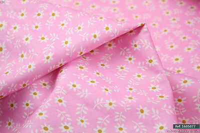 "Pink Daisy Floral  100% cotton fabric sold by meter 63""width  SALE💕💕"