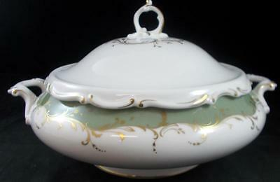 Royal Doulton FONTAINEBLEAU GREEN Round Covered Vegetable H4978 GREAT CONDITION