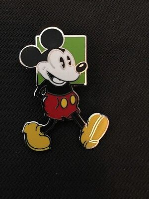 Disney Booster Classic Pie Eyed Oh Mickey! Set - Walking Mouse Green Square Pin
