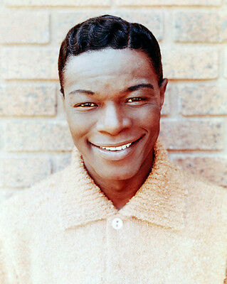 Nat King Cole UNSIGNED photo - B2153 - American singer and jazz pianist