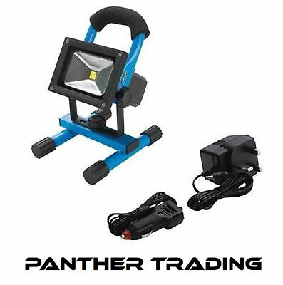 Silverline Rechargeable LED Site Light with USB Can Charge USB Devices - 258999